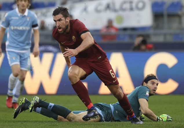 Roma defeats Lazio in heated derby amid fan protest