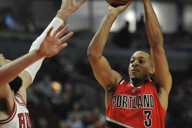 Blazers avert collapse, fend off Bulls late rally for third win in a row