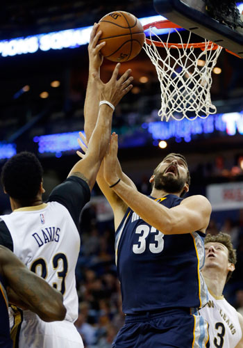 Marc Gasol has triple-double, Troy Daniels has seven triples as Grizzlies overcome Pelicans in double overtime