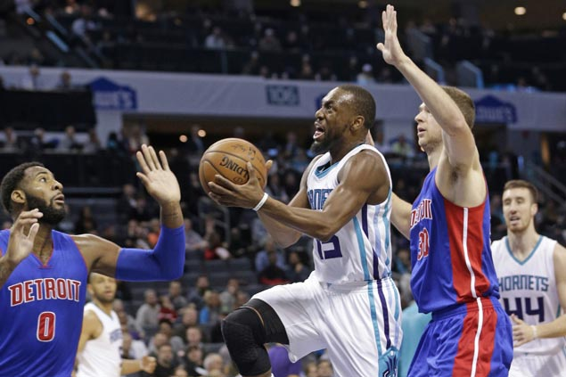 Kemba Walker shows way as Hornets defeat Pistons for second straight win