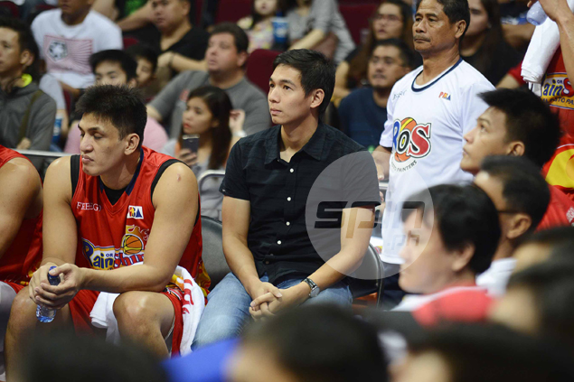 Chris Tiu misses second straight game for Rain or Shine due to hamstring injury