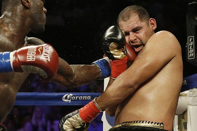 Eric Molina embraces underdog role, vows to 'shake the world' vs unbeaten champ Joshua