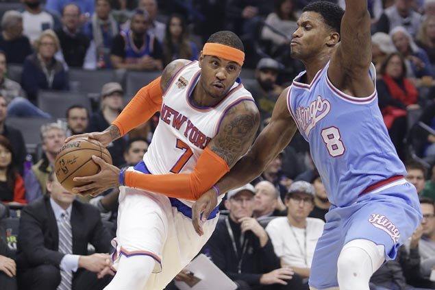 Carmelo Anthony nabs scoring milestone as Knicks outlast Kings in thriller