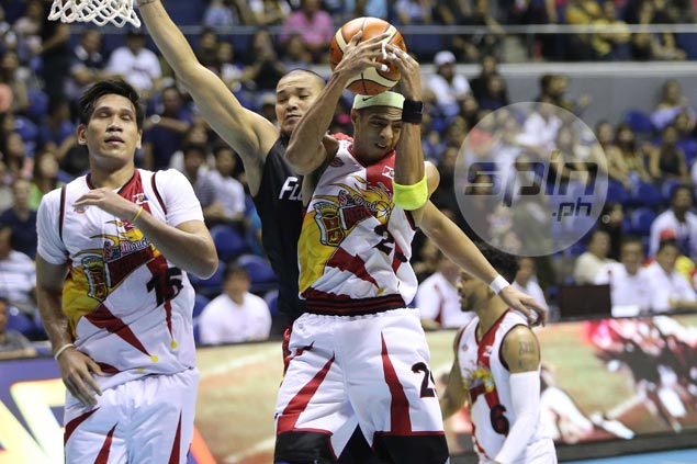 Block party enables SMB star Arwind Santos to make Top 10 in all time list