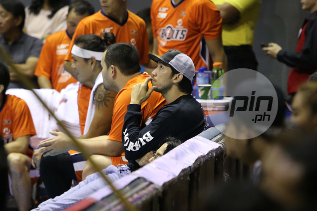 Jared Dillinger proud of way Meralco is holding up as he recovers from injury