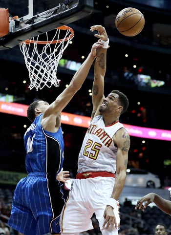 Magic end three-game slide with victory over Hawks