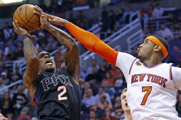 Eric Bledsoe comes up clutch as Suns outlast Knicks in OT to spoil Porzingis' big game
