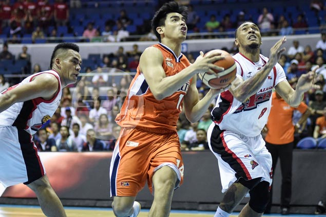 Meralco rookie Jonathan Grey proves he's up to the task when called upon