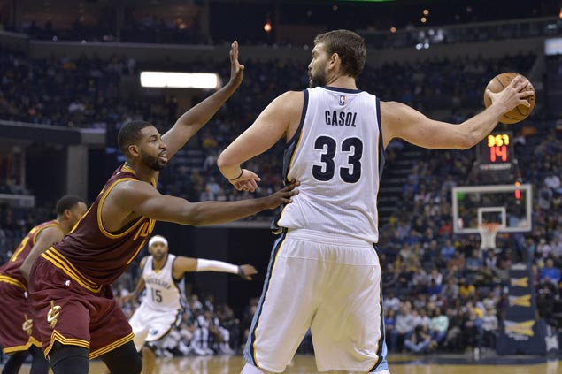 Marc Gasol returns as Grizzlies earn split of back-to-back as Cavs rest Big Three
