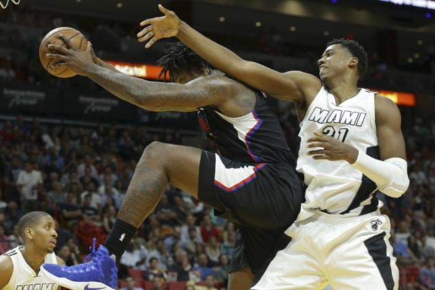 DeAndre Jordan rescues Clippers from late-game collapse against Heat for fourth straight win