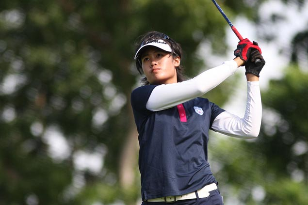 Thai golfer leads home bet Chihiro Ikeda by one in Philippine Ladies Masters