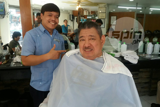 Jimmy Santos regales barbershop habitues with stories on short-lived PBA career - and it's no kwentong barbero