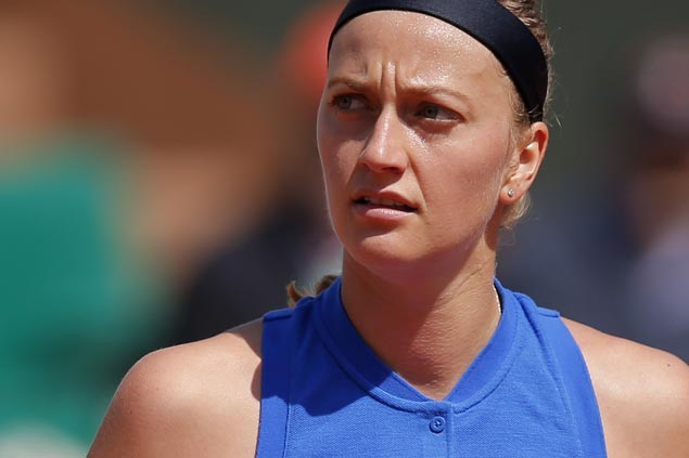 Petra Kvitova expected to be back in action in six months after hand surgery