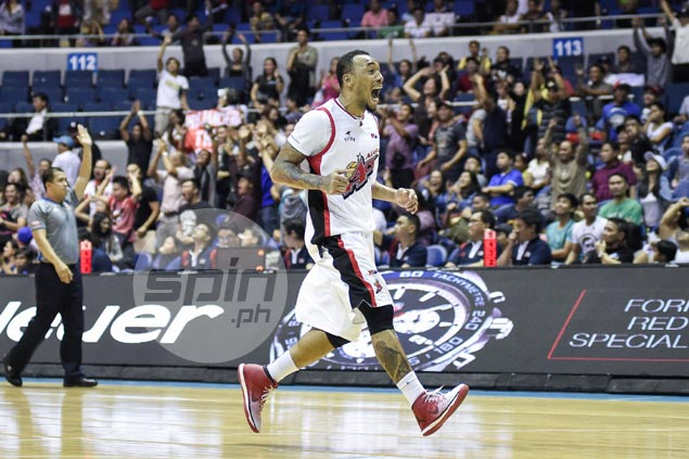 Calvin Abueva fined P4K for 'foisting a stickum sign.' What the heck is that?