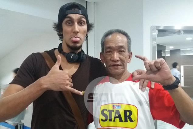 Alex Mallari says Mahindra starting to figure it out after adapting Houston Rockets' offense