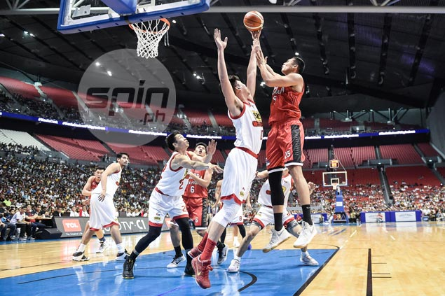 Much like Santa, Japeth Aguilar grants Ginebra fans' wishes in big Christmas win over Star