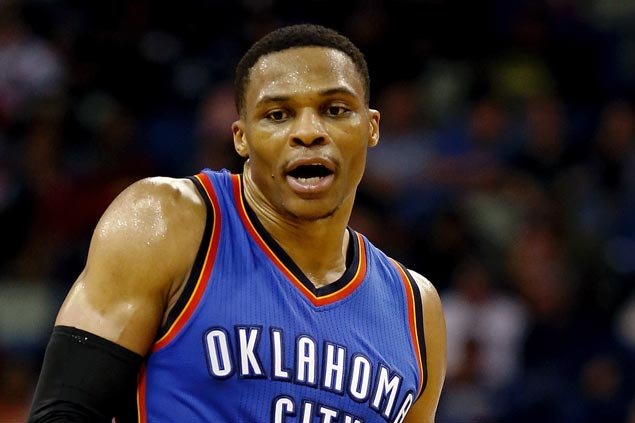Did the Oklahoma City Thunder just troll the Golden State Warriors on Christmas? WATCH