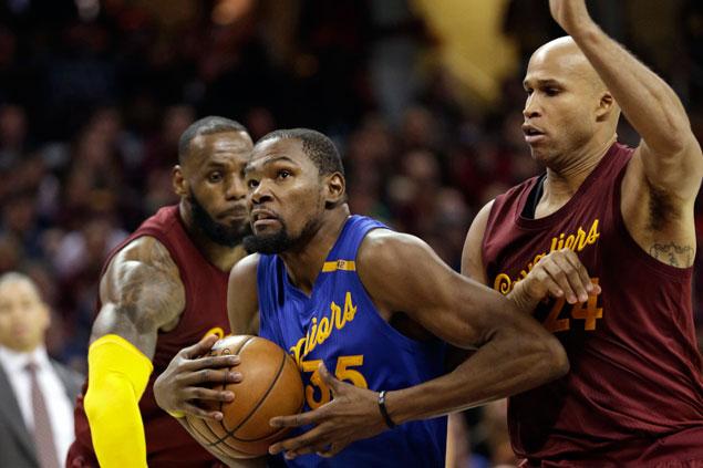 NBA: KD fouled by Jefferson in final play; LeBron should've gotten T for rim celebration