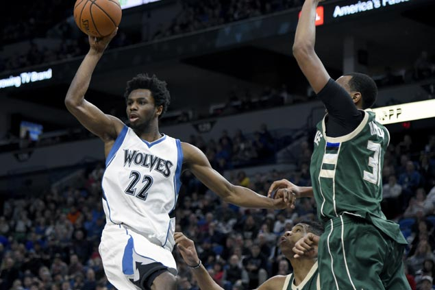 Timberwolves ride hot start to cruise to victory over Bucks