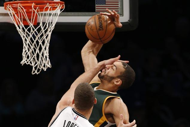 Jazz make it four wins in a row by edging Nets