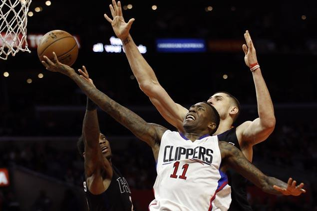 Injury-riddled Clippers down Suns to halt six-game slide