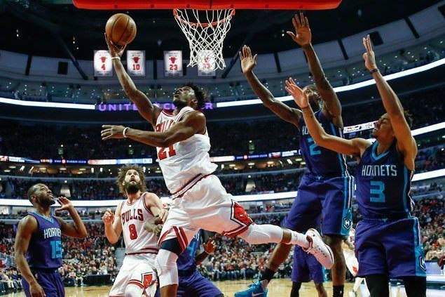 Jimmy Butler scores 52 as Bulls get by Hornets to arrest two-game slide