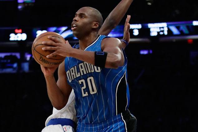 Jodie Meeks hits six triples as Magic end two-game slide and stretch Knicks' losing run to five