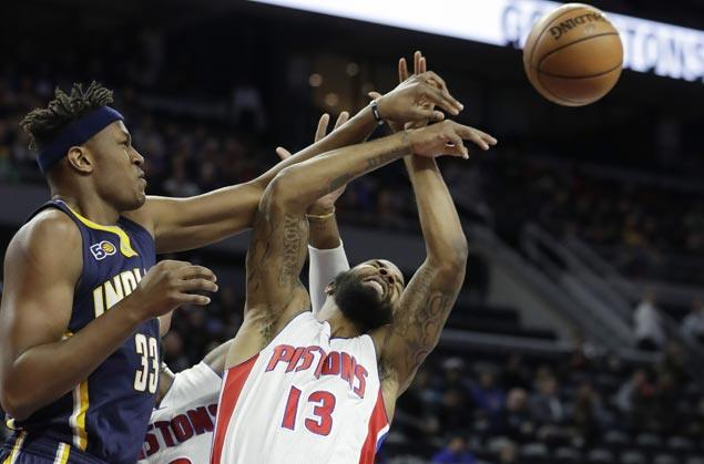 Pacers use fourth quarter surge to turn back Pistons