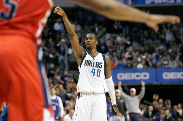 Harrison Barnes hits huge endgame triple as Mavericks foil Wizards' rally