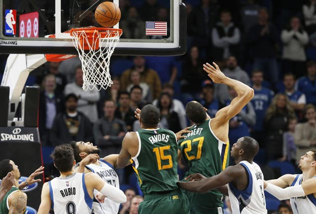 Rudy Gobert tips in game winner to cap late rally as Jazz nip Timberwolves