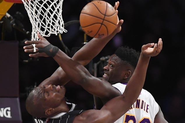 LA Lakers turn up defense in third quarter to beat skidding Orlando Magic