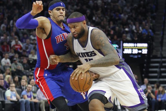 Kings claw back from 18 points down to edge Pistons and snap three-game slide