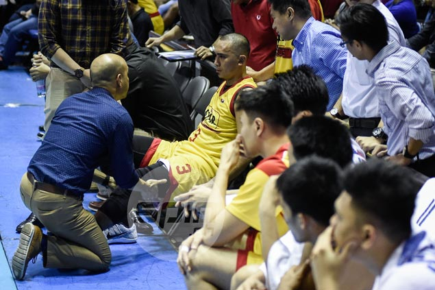 Double whammy as Paul Lee hurts quads in Star's overtime loss to Alaska