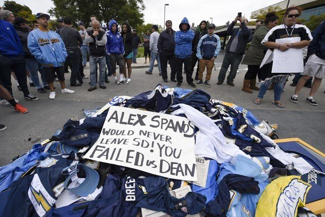 San Diego fans lash out as Chargers franchise officially announce move to Los Angeles