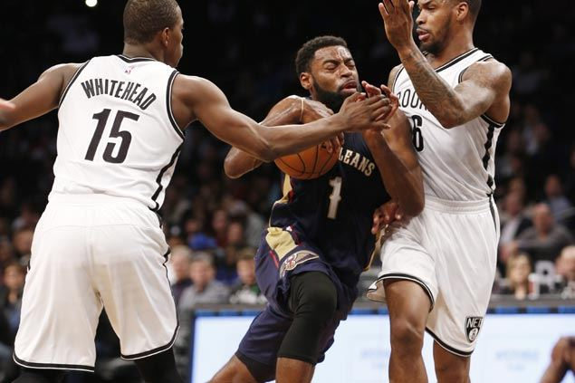Tyreke Evans, Terrence Jones team up late to lift Pelicans sans Anthony Davis over lowly Nets