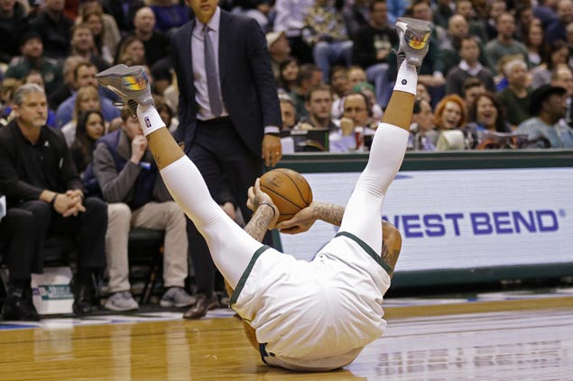 Bucks make it back-to-back wins with rout of skidding Heat
