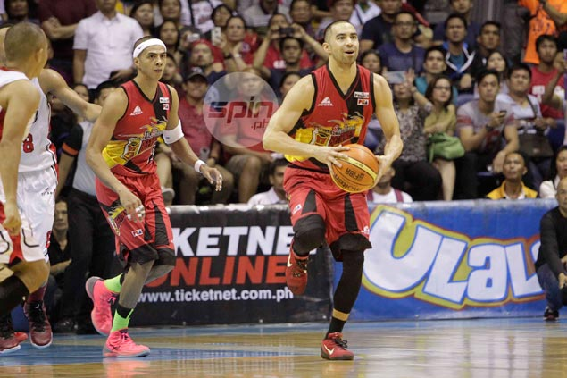 SMB's Chris Lutz now an unrestricted free agent, but can other PBA teams get him?