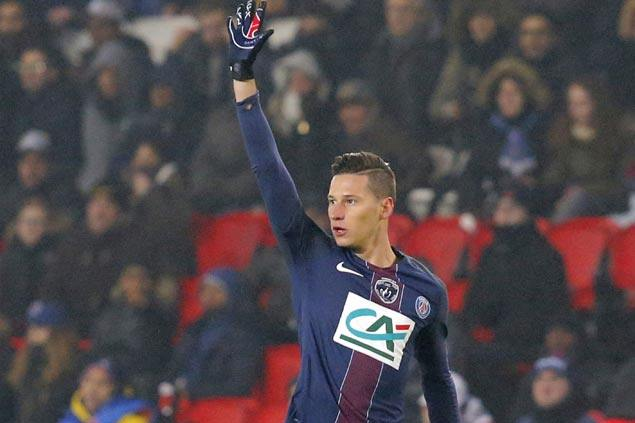 Julian Draxler scores again as Paris Saint-Germain beats Rennes
