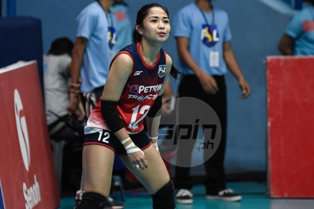 Player movement continues in PSL as Jen Reyes jumps from Petron to Foton