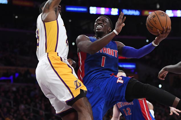 Reggie Jackson, Tobias Harris come up clutch as Pistons nip Lakers to snap three-game slide