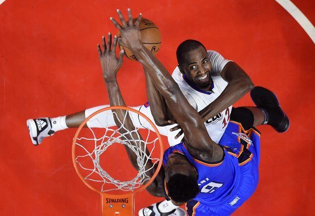 Clippers dominate Adams-less Thunder, stretch streak to seven
