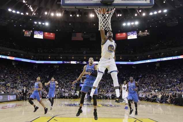 Kevin Durant torches former OKC team anew with season-high 40 as Warriors clobber Thunder