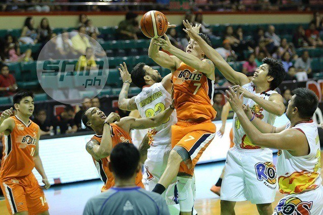 Meralco brings down misfiring Rain or Shine to keep slim PBA playoff hopes alive