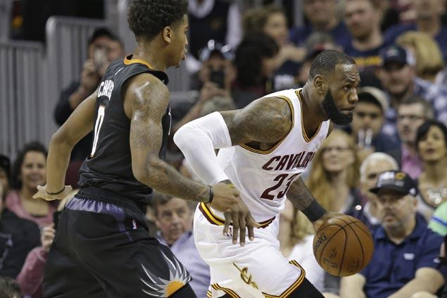 Cavaliers bounce back, knock down 19 triples to sink Suns to second straight loss