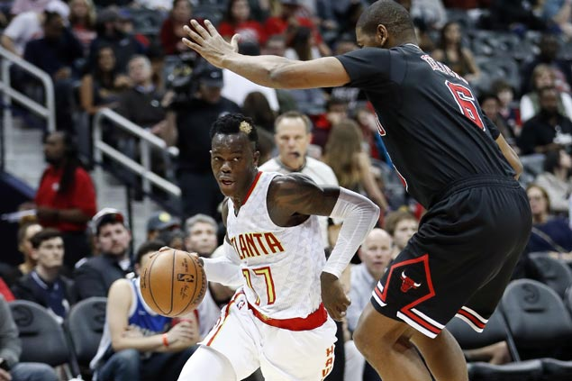 Hawks hold off late rally by Bulls to get back on winning track