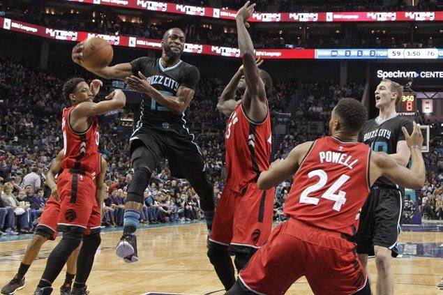 Hornets make it back-to-back wins with 35-point rout of suddenly skidding Raptors