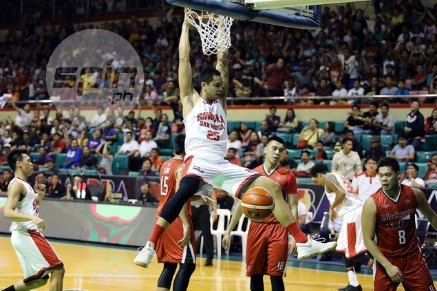 Tim Cone doesn't see high-flying Japeth Aguilar slowing down despite elbow injury