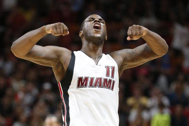 Dion Waiters agrees to new deal with Miami Heat worth a max of US$52 million, according to source
