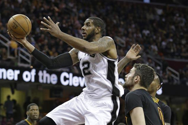 LaMarcus Aldridge, Patty Mills come up with the big baskets as Spurs outlast Cavaliers in overtime