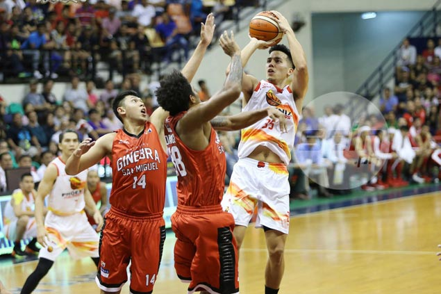 Hot-shooting Phoenix pounces on shorthanded Ginebra to clinch quarterfinal spot